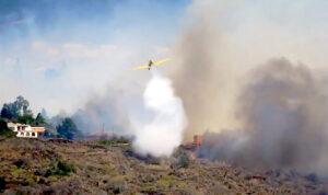 Feuer und Löschflugzeug La Palma 2021